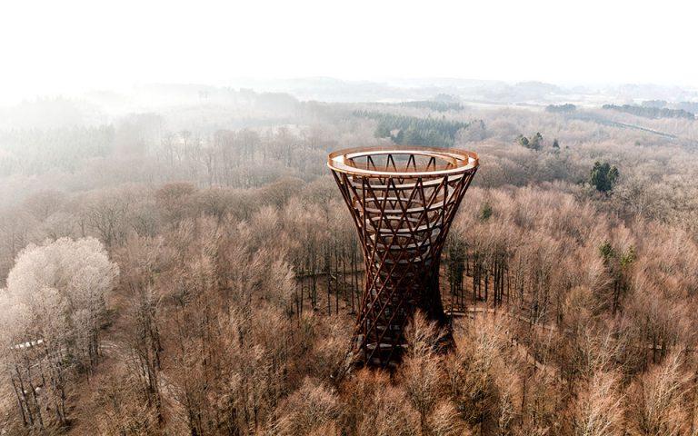 Ο πύργος του δάσους