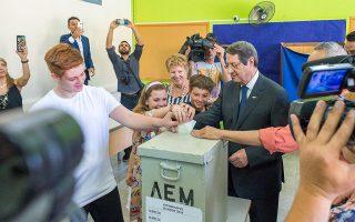 kypros-ta-exit-polls-ton-eyroeklogon0