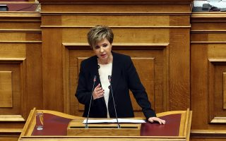 Η υπουργός  Προστασίας του Πολίτη Όλγα Γεροβασίλη μιλά στη συζήτηση στην Ολομέλεια της Βουλής με θέμα: Κύρωση της Τελικής Συμφωνίας για την Επίλυση των Διαφορών οι οποίες περιγράφονται στις Αποφάσεις του Συμβουλίου Ασφαλείας των Ηνωμένων Εθνών 817 (1993) και 845 (1993), τη Λήξη της Ενδιάμεσης Συμφωνίας του 1995 και την Εδραίωση Στρατηγικής Εταιρικής Σχέσης μεταξύ των Μερώv, Πέμπτη 24 Ιανουαρίου 2019. ΑΠΕ-ΜΠΕ/ΑΠΕ-ΜΠΕ/Αλέξανδρος Μπελτές