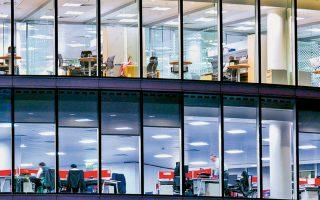 Η ζήτηση για χώρους γραφείων αυξάνεται συνεχώς σε όλο τον κόσμο, καθώς αντίστοιχα αυξάνεται ο αριθμός των ατόμων που λαμβάνουν ανώτατη εκπαίδευση και όσων επιλέγουν να εργαστούν σε μεγάλα αστικά κέντρα.