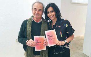 Ο επιμελητής και καλλιτέχνης Πάολο Κολόμπο με την επικεφαλής του Οργανισμού ΝΕΟΝ Ελίνα Κουντούρη.