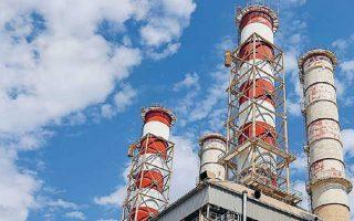 H μέση τιμή ρεύματος και φυσικού αερίου στην Ελλάδα για τις μεγάλες βιομηχανίες ανερχόταν στα 66 ευρώ ανά MWh στις αρχές του περασμένου έτους. Η Γερμανία, ως κατεξοχήν βιομηχανική χώρα, παρουσιάζεται με μέσο κόστος στα 37 ευρώ ανά MWh και αντιστοίχως καλές επιδόσεις έχουν οι υπόλοιπες βιομηχανικά ανεπτυγμένες χώρες της Ε.Ε., όπως η Γαλλία και η Ολλανδία.