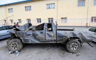 Το όχημα του 59χρονου κτηνοτρόφου  Δημήτρη Γραικού όπου βρέθηκε μέσα η σορός του στο χωριό Ανατολικό, 25 χλμ έξω από τη Θεσσαλονίκη, Παρασκευή 31 Μαΐου 2019. Στην Ασφάλεια Θεσσαλονίκης κρατείται ο 46χρονος έμπορος κρεάτων και τις επόμενες ώρες αναμένεται να οδηγηθεί στον εισαγγελέα ποινικής δίωξης, κατηγορούμενος για τη δολοφονία του  Δημήτρη Γραικού. Ο τραγικός επίλογος στην υπόθεση της μυστηριώδους εξαφάνισης του άτυχου κτηνοτρόφου, τα ίχνη του οποίου αγνοούνταν από τον Νοέμβριο του 2016, γράφτηκε χθες το απόγευμα στην κτηνοτροφική μονάδα του 46χρονου, όπου έφτασαν αστυνομικοί προκειμένου να ερευνήσουν τις εγκαταστάσεις, με τη συνδρομή ειδικού εξοπλισμού και ανιχνευτή μετάλλων. Υπό τις συνθήκες αυτές ο έμπορος υπέδειξε το σημείο όπου ήταν θαμμένη η σορός του 59χρονου, όπως επίσης ένα δεύτερο σημείο, στις ίδιες εγκαταστάσεις, όπου ο ίδιος είχε θάψει το αγροτικό αυτοκίνητο του νεκρού. ΑΠΕ-ΜΠΕ/PIXEL