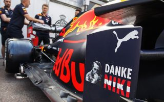 epa07597551 A tribute to late Austrian Formula One legend Niki Lauda at the car of French Formula One driver Pierre Gasly of Aston Martin Red Bull Racing at the Monte Carlo circuit in Monaco, 24 May 2019. The 2019 Formula One Grand Prix of Monaco will take place on 26 May 2019.  EPA/VALDRIN XHEMAJ
