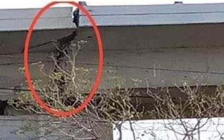 Για τεράστια ρωγμή στη γέφυρα του Φαληρικού Δέλτα προειδοποιεί ο Ακης Τσελέντης