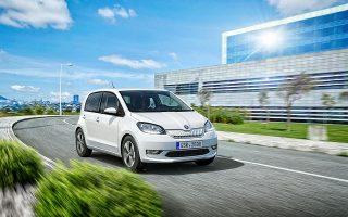 Το αυτοκίνητο εξοπλίζεται με έναν ηλεκτροκινητήρα ισχύος 61 kW με μέγιστη ροπή 210 Nm.