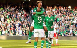 Η Ιρλανδία γλίτωσε το... έμφραγμα μέσα στο Δουβλίνο, επικρατώντας του Γιβραλτάρ με 2-0, χάρη σε ένα αυτογκόλ και ένα τέρμα στις καθυστερήσεις.