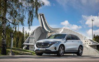 Η EQC διαφοροποιείται από τις άλλες Mercedes στα φωτιστικά σώματα και στους τροχούς (19 έως και 21 ιντσών).