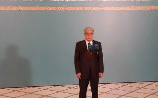 istorikes-ekloges-sto-kazakstan-aposyretai-o-epi-30-chronia-proedros0