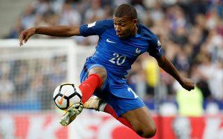 Ο Γάλλος άσος της Παρί είναι ο ακριβότερος παίκτης στην Ευρώπη (και πιθανότατα στον κόσμο), αφήνοντας πίσω του τον Σαλάχ με 219,6 εκατ. ευρώ.
