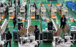 Στη διάρκεια του Απριλίου, το σύνολο των κλάδων της κινεζικής οικονομίας παρουσίασε επιβράδυνση.
