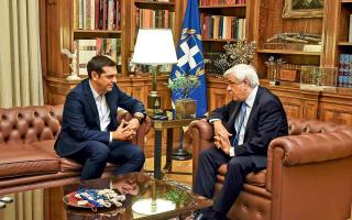 ston-proedro-tis-dimokratias-ayrio-o-alexis-tsipras0