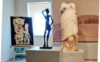 Στην έκθεση που παρουσιάζεται στο αρχαιολογικό μουσείο του νησιού, εκτίθενται έργα σύγχρονης τέχνης από τη συλλογή του επιχειρηματία και συλλέκτη Κυριάκου Τσιφλάκου.