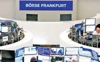 Στη Φρανκφούρτη ο δείκτης DAX έκεισε με πτώση, μετά την προειδοποίηση της Daimler για χαμηλότερα κέρδη.