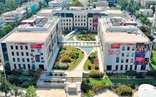 Το κτίριο γραφείων 17.000 τ.μ., που φιλοξενεί τα κεντρικά γραφεία της Vodafone Eλλάδος, επί της λεωφόρου Εθν. Αντιστάσεως στο Χαλάνδρι πέρασε στα χέρια του αμερικανικού συμφερόντων επενδυτικού fund Brook Lane Capital.