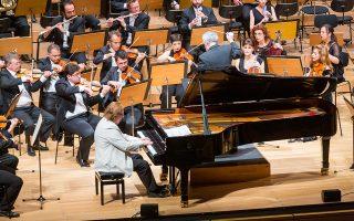 Το «Συναυλιακό κομμάτι» του Καρλ Μαρία φον Βέμπερ επέλεξε να ερμηνεύσει ο Νορβηγός πιανίστας Αϊναρ Στέεν Νέκλενμπεργκ. Μ. ΓΡΑΜΜΑΤΙΚΟΥ