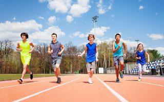 Σύμφωνα με τους ειδικούς, οι νεότερες γενιές θέλουν άμεσο αποτέλεσμα στον αθλητισμό. Παρ' όλα αυτά, στο λύκειο χάνεται ο μεγαλύτερος αριθμός των παιδιών, λόγω μαθημάτων και υποχρεώσεων. SHUTTERSTOCK