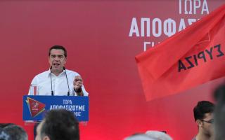 tsipras-me-ti-symfonia-ton-prespon-i-ellada-egine-faros-tis-enotitas-ton-valkanikon-laon0