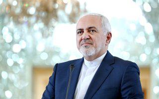 Ο Ιρανός υπουργός Εξωτερικών Τζαβάντ Ζαρίφ μιλάει σε δημοσιογράφους ύστερα από πρόσφατη συνάντηση με τον Γερμανό ομόλογό του Χάικο Μάας.