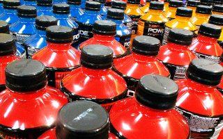 Τα σακχαρούχα ποτά έχουν ήδη συνδεθεί με αυξημένη παχυσαρκία, η οποία με τη σειρά της αναγνωρίζεται ως σημαντικός παράγοντας κινδύνου για την εμφάνιση καρκίνων.