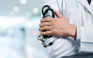 Περισσότεροι από 300 φοιτητές Ιατρικής συμμετέχουν φέτος στο πρόγραμμα.