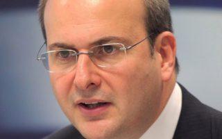 Ο υπουργός Ενέργειας Κωστής Χατζηδάκης προειδοποίησε τους θεσμούς ότι η ΔΕΗ αποτελεί συστημικό κίνδυνο για το τραπεζικό σύστημα και την ίδια τη χώρα.