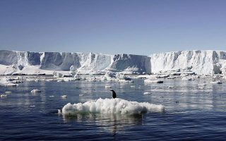 antarktiki-syrriknonontai-oi-thalassioi-pagoi-gia-agnosto-logo0