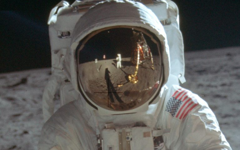 Από το «Σπούτνικ 1» στο «Απόλλων 11»