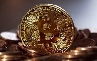 to-bitcoin-katavrochthizei-perissoteri-energeia-apo-tin-elvetia0