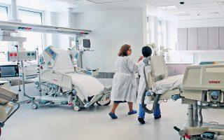 Ο υπουργός Υγείας αναφερόμενος χθες στους στόχους της κυβέρνησης εστίασε, μεταξύ άλλων, στο άνοιγμα των κλειστών κλινών ΜΕΘ.