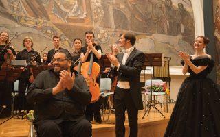 Ο συνθέτης Σάββας Καρατζιάς στη συναυλία στην Πινακοθήκη Τρετιακόφ στη Μόσχα, όπου παρουσιάστηκε το δικό του ορατόριο «Θεοφάνης ο Ελληνας».