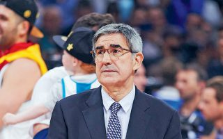 Ο εκτελεστικός διευθυντής της Ευρωλίγκας, Τζόρντι Μπερτομέου, πήρε το πράσινο φως» από τις ομάδες της Ευρωλίγκας και πλέον παίζει χωρίς αντίπαλο στο ευρωπαϊκό μπάσκετ, παρά τις όποιες αντιδράσεις υπάρχουν.