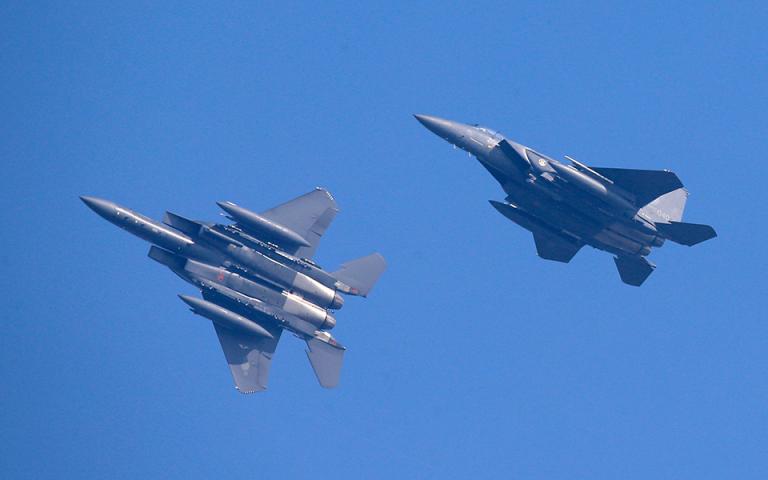 Νότια Κορέα: Προειδοποιητικά πυρά εναντίον στρατιωτικού αεροσκάφους της Ρωσίας που παραβίασε τον εναέριο χώρο