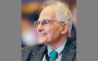 Ο αρχιτέκτων Βασίλης Σγούτας εξελέγη στο αξίωμα του επίτιμου προέδρου της Διεθνούς Ενώσεως Αρχιτεκτόνων (UIA).