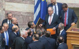 Ο  Κωνσταντίνος Τασούλας δέχεται συγχαρητήρια μετά την εκλογή του ως Πρόεδρος της Βουλής, Πέμπτη 18 Ιουλίου 2019. Με θέμα ημερήσιας διάταξης την εκλογή νέου προέδρου του Σώματος, συνεδρίασε ι η Ολομέλεια της Βουλής. ΑΠΕ-ΜΠΕ/ΑΠΕ-ΜΠΕ/Παντελής Σαίτας