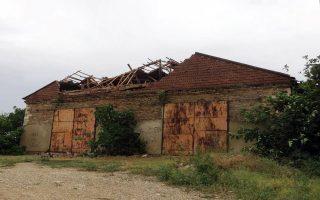 Μετοχιακό συγκρότημα Ζωγράφου. Κατάρρευση νεώτερου δυτικού αετώματος και τμήματος της στέγης