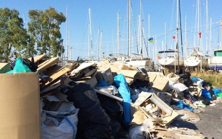 Σε ιδιώτη ανατέθηκε η αποκομιδή των απορριμμάτων στην Κέρκυρα