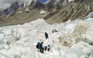 Πολλοί ορειβάτες έχασαν φέτος τη ζωή τους επιχειρώντας να κατακτήσουν την ψηλότερη κορυφή της Γης.
