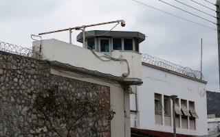 Εκτός από την εξωτερική φρούρηση των φυλακών και τις μεταγωγές, η υπηρεσία θα διενεργεί και τακτικούς ελέγχους στα κελιά των κρατουμένων.