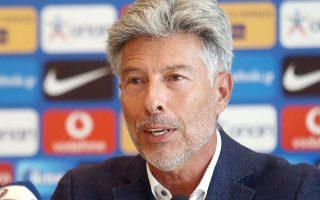 «Δεν αποτελεί τη λύση για τα πάντα στο ποδόσφαιρο», τόνισε για το VAR ο κ. Περέιρα.