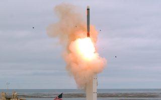 Εκτόξευση πυραύλου Κρουζ στο νησί Σαν Νίκολας, στα ανοικτά των ακτών της Καλιφόρνιας.