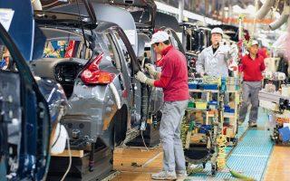 Ινδοί κυβερνητικοί αξιωματούχοι πραγματοποίησαν αυτήν την εβδομάδα σειρά συναντήσεων με εκπροσώπους των αυτοκινητοβιομηχανιών Volkswagen, Hyundai και Honda για να συζητήσουν τη μεταφορά μέρους των δραστηριοτήτων τους στη χώρα.