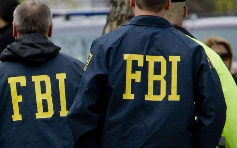 ΗΠΑ: 25 όπλα έκρυβε στο σπίτι του 18χρονος που είχε αναρτήσει απειλητικά μηνύματα στο ίντερνετ