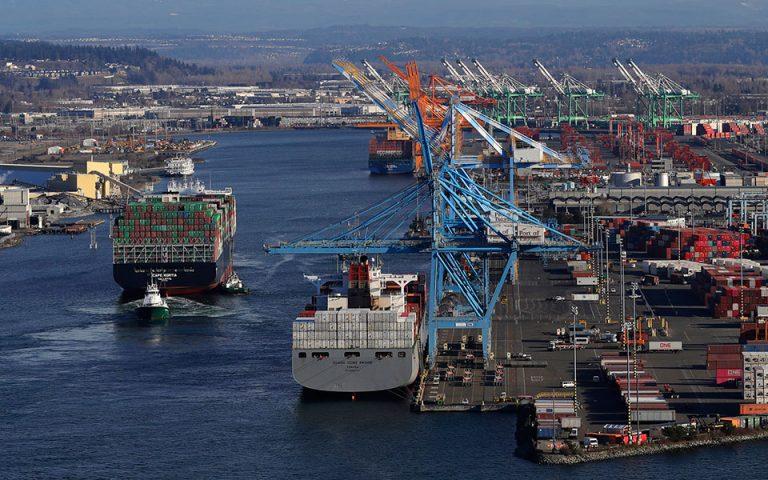 Αργή πλεύση πλοίων, περιορισμός των εκπομπών ρύπων