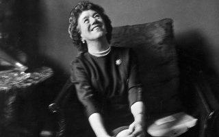 Η Ινιντ Μπλάιτον σε φωτογραφία της δεκαετίας του 1940.