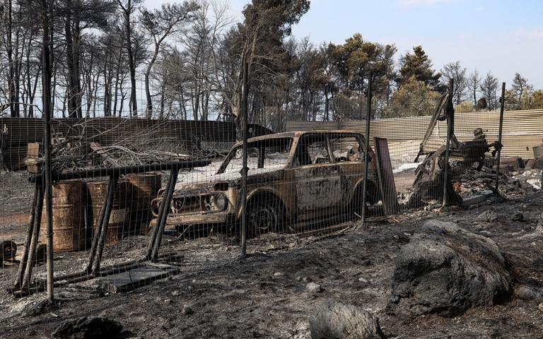 Σε ύφεση και οριοθετημένη η πυρκαγιά στην Εύβοια – κάηκαν 23.565 στρέμματα