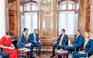 Ο Μπασάρ αλ Aσαντ υποδέχεται κοινοβουλευτική αντιπροσωπεία του κυβερνώντος κόμματος της Ρωσίας.