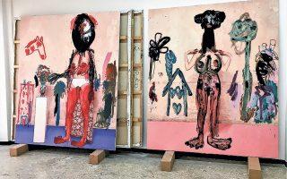 Δύο από τα –μεγάλων διαστάσεων– ζωγραφικά έργα που θα εκτεθούν στο Μουσείο Μπενάκη Πειραιώς (στιγμιότυπο από το στούντιο του καλλιτέχνη).