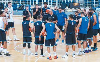 Η εθνική μπάσκετ μπαίνει από αύριο στην τελική ευθεία για το Παγκόσμιο της Κίνας. Το τελικό μοντάρισμα και οι αυτοματισμοί θα κρίνουν την παρουσία της ομάδας μας σε μια διοργάνωση όπου τα «πρέπει» είναι πολλά και βαραίνουν τη φανέλα.