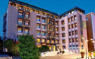 Πρόσφατα ολοκληρώθηκε η ανακατασκευή του ιστορικού ξενοδοχείου «Μορέας» στην Πάτρα, για το οποίο η Εθνική Πανγαία έχει έρθει σε συμφωνία με τη Marriott και πλέον λειτουργεί ως «Moxy Patra Marina».